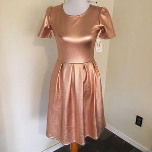 NWT Lularoe Elegant Amelia Rose Gold Foil S LLR